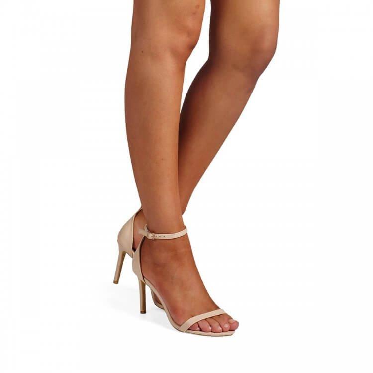 Billini Pippa  Nude