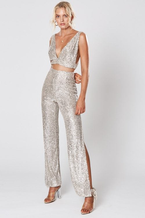 Winona Broadway Crop & Pant Two-piece Set, V-Neck Silver