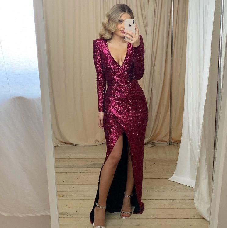 Nookie Selena Long Sleeve Gown Floor Length, Long-Sleeve, V-Neck Pink